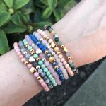 Armbandjes van jade kralen