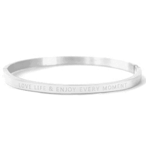 Stainless steel bangle armband met tekst Love life & enjoy every moment zilver