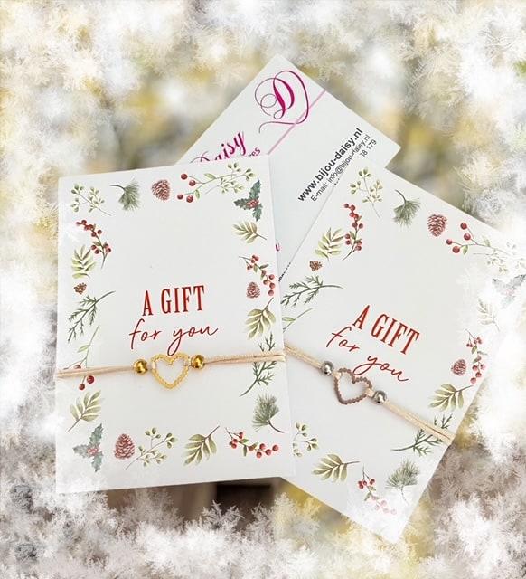 Armbandje op kaartje a gift for you